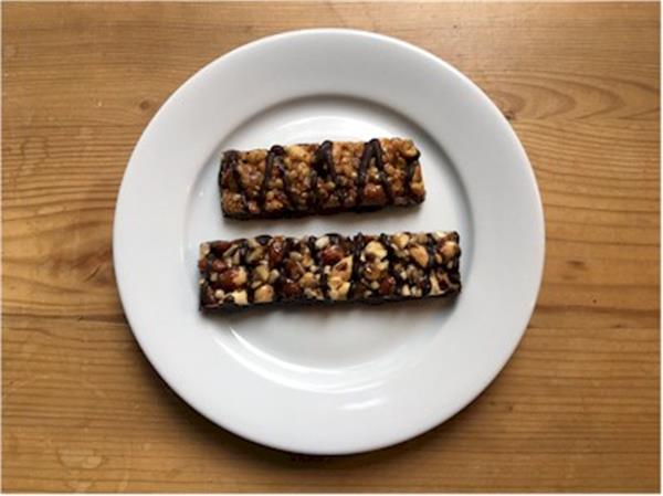 nutrisystem dark chocolate and sea salt bar vs kirkland nut bar