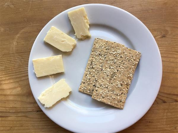 lavash crackers and cheese