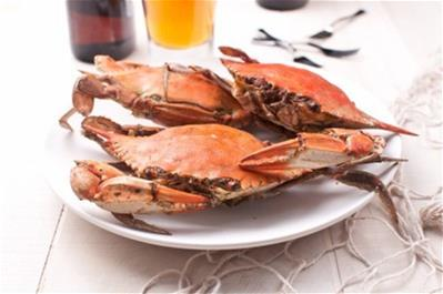 whole dungeness crabs