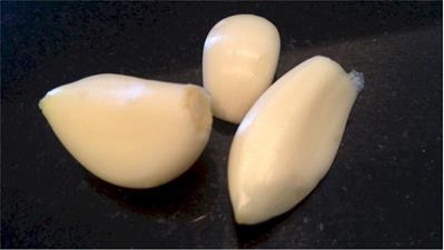whole peeled garlic cloves