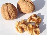 walnuts whole and shelled