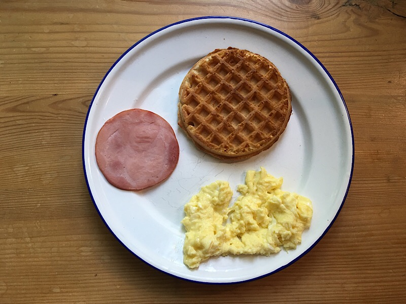 nutrisystem buttermilk waffle egg canandian bacon