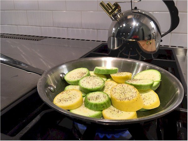 nutrisystem day 92 summer squash in pan