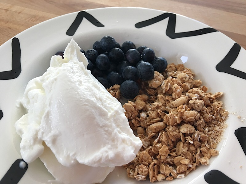 nutrisystem granola ceral yogurt berries