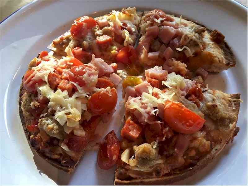 nutrisytem pizza cooked on serving plate