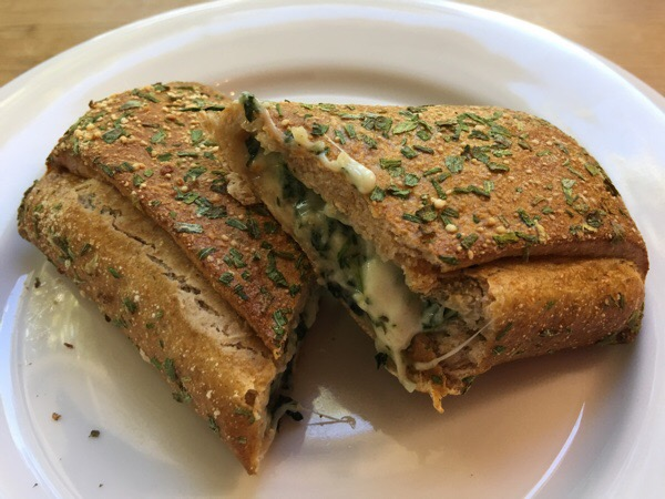 nutrisytem-spinach-and-pretzel-cheese-melt