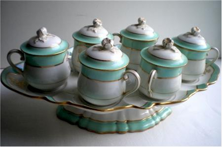 aqua pillivuyt pot de creme set on tray
