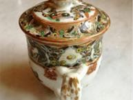 chinese export thousand butterflies pot de creme cup handle view