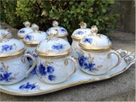 ginori blue and gold pot de creme set side view