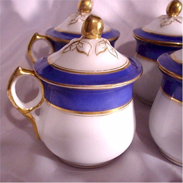 haviland limoges blue pot de creme cup with gold trim