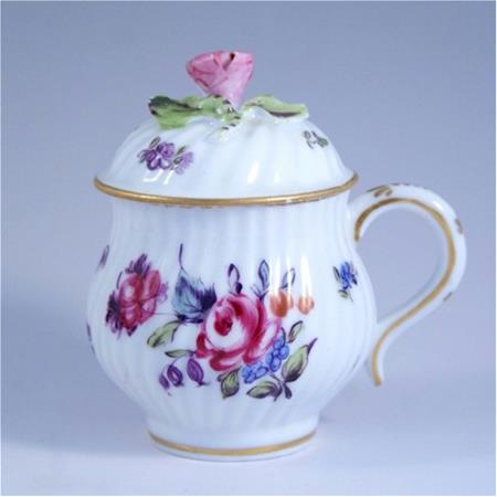 hochst floral on white pot de creme cup pink rose finial