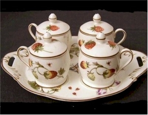 coalport strawberry