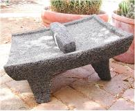 metate y mano negro - medium