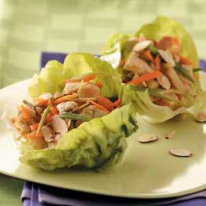 chicken wraps in lettuce cups