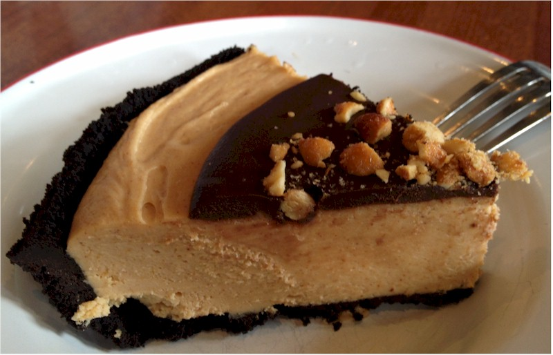 chcolate peanut butter pie