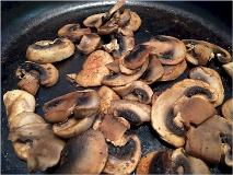 dry-sautee-mushrooms-close