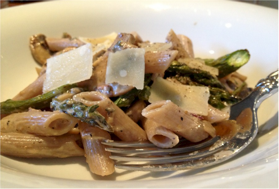 pasta mushrooms asparagus and peas