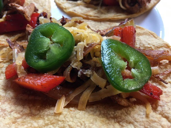 quick-healthy-chicken-tacos-close