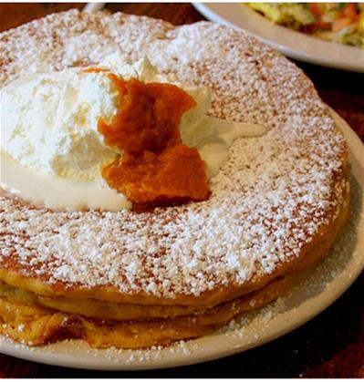 thanksgiving-pumpkin-pancakes