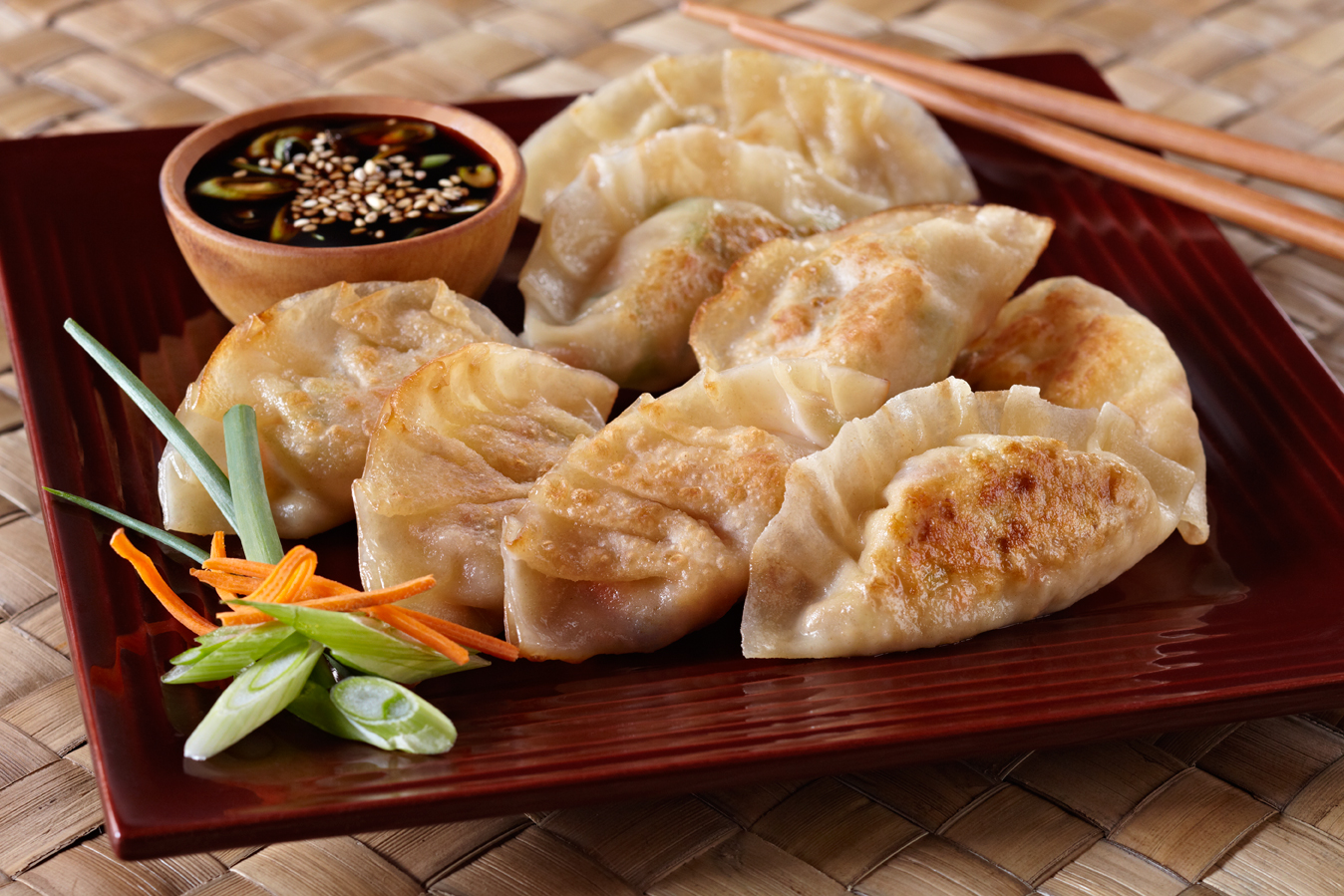 Chinese Dumplings With Tofu Mushroom And Noodles : Recipe ...