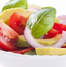 tomato avocado and onion salad