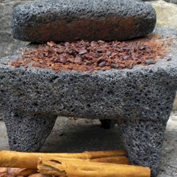 chocolate-on-metate.jpg