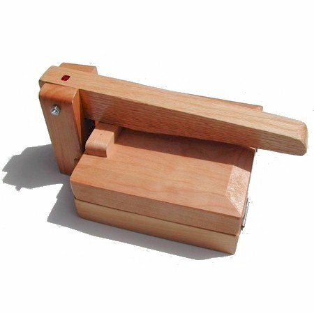 encino wood tortilla press